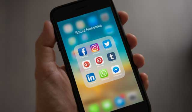 What to Know: Apple iOS 14 & Facebook Ads